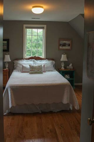 We know this is a very comfortable bed, as many guests have told us so!