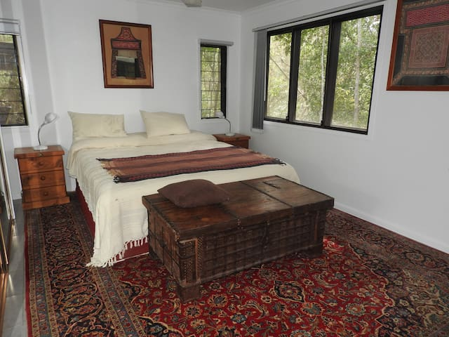 The bedroom. King size double bed, can be made into two singles beds.