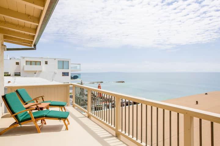 Modern Malibu Road Oceanfront Beach House with AC
