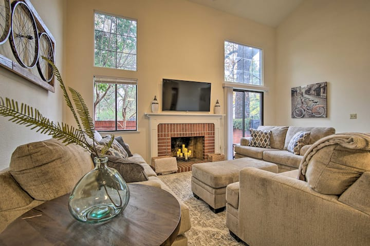 Well-Appointed Residence - 1/2 Mile to UC Davis!