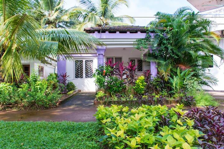 Spacious Studio Villa in Cavelossim - กัวใต้ - วิลล่า