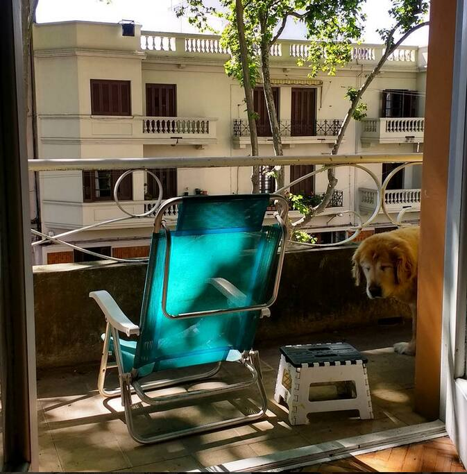Room access to the balcony