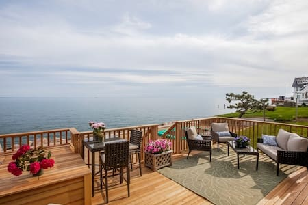 Direct waterfront home  - Madison - Huis