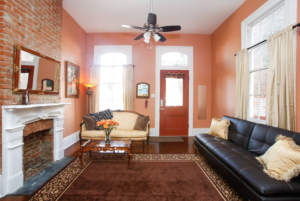 Camelback guesthouse apt 1 1 bedroom apartments for rent in new orleans louisiana united states for 1 bedroom for rent new orleans