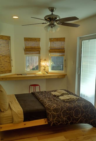 Whole private unit to yourself. free wifi - Rowland Heights - Hús