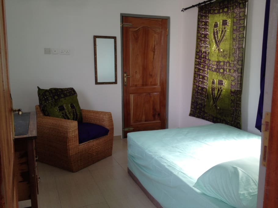 Bedroom with double bed & AC