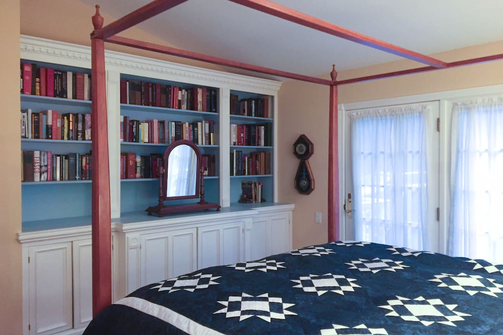 Eclectic library in your room.