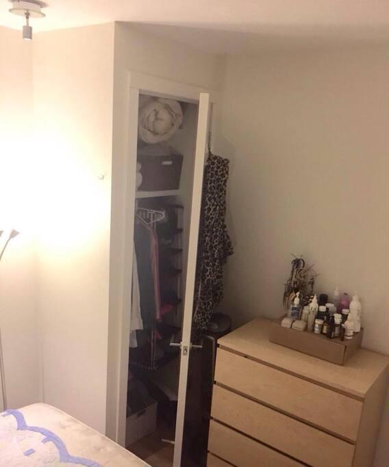 full closet (will be empty)
