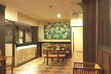 Matahari ( budget hotel in kuta ) - House