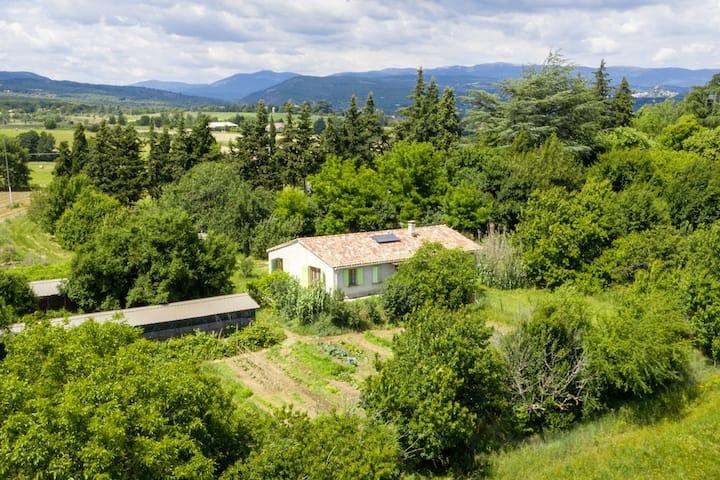 Gîte en Hte Provence, pays de Giono et des étoiles