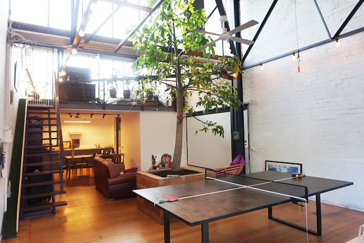 ★Jungle Loft Escape Converted Warehouse★Open again