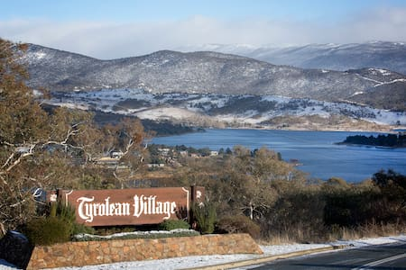 Spacious  family house Jindabyne - Jindabyne - House