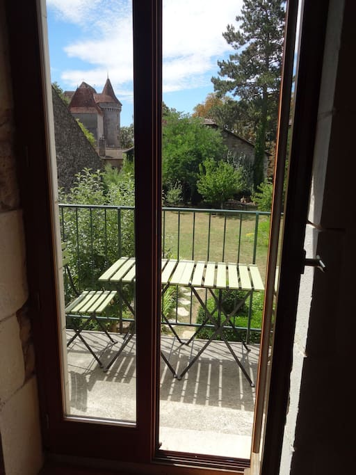 Balcony, garden & view of the chateau.