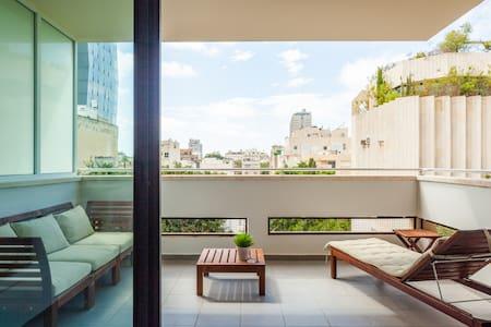 Sunny Apartments #9 Luxury 2BR @city center