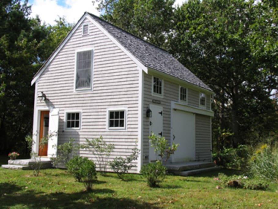 3-Bdrm Cottage w/Pleasant Bay Views