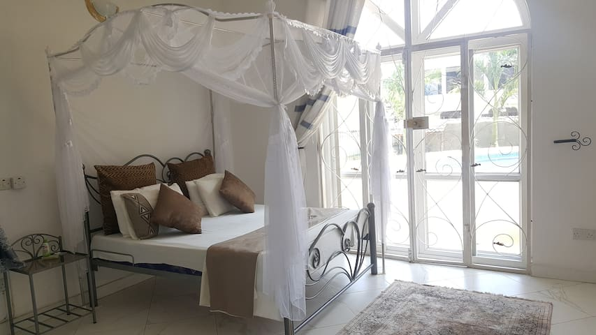 Lovely room in Mikocheni Villa
