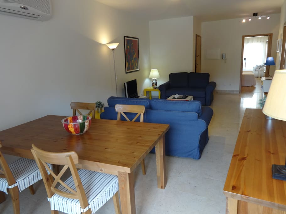 PLEASENT AND SPACIOUS ROOM - foto 3