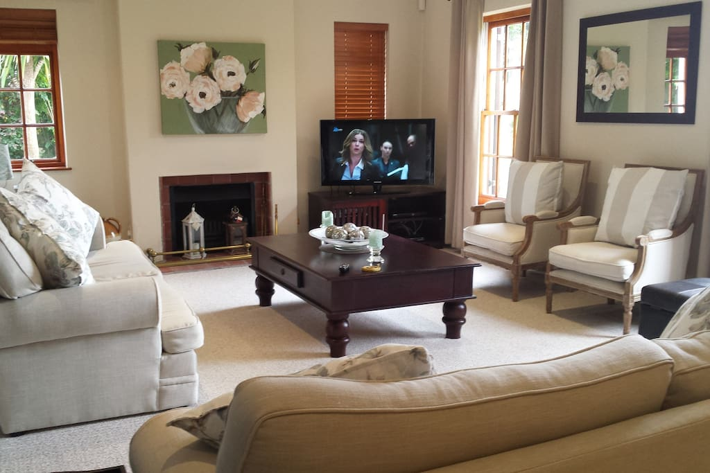 Comfortable lounge with cable tv