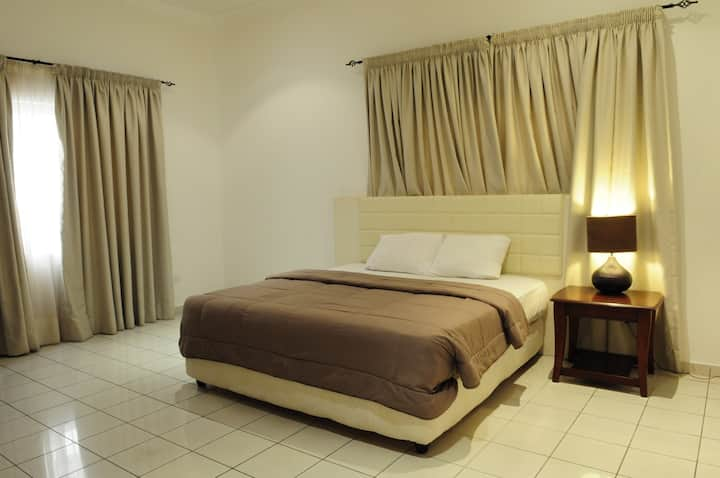 T.N. Hospitality Serviced Apt @ Airport Res. 1-BR
