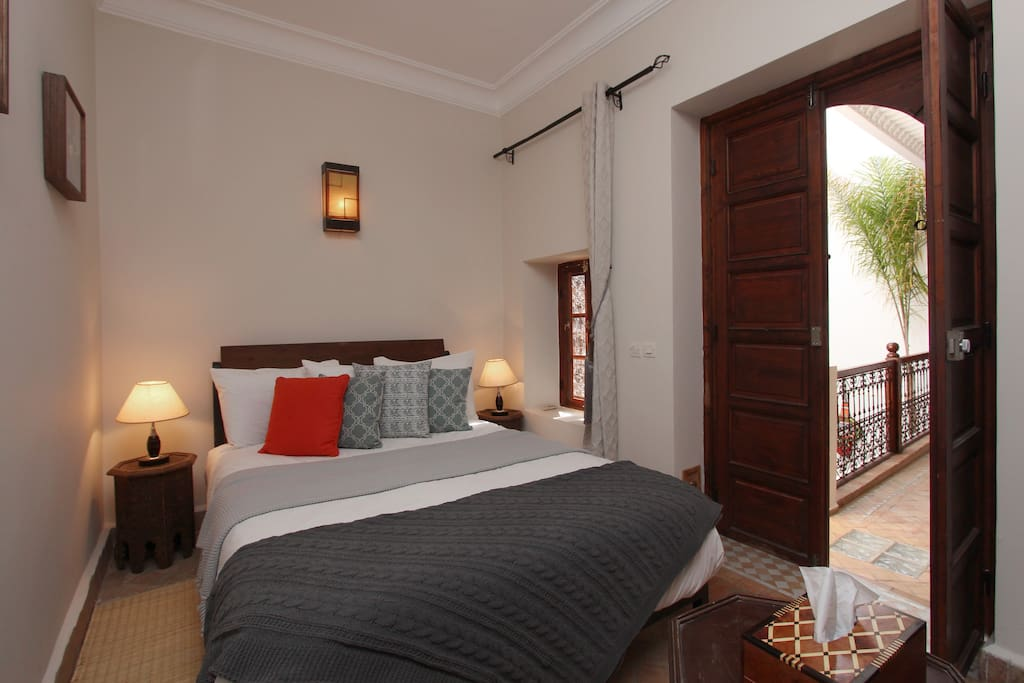Bed Room To Rent Bd