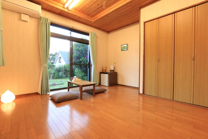 Including 2 MEALS. Yakushima South.【 民宿nicoichi 】 - Yakushima-chō - Bed & Breakfast