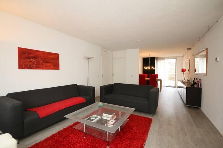 Modern apartment close to UMCG and city centre