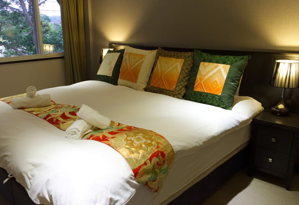 Each bedroom can be set as either a large King bed or two single beds.