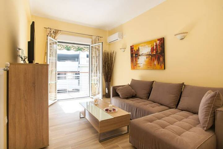 Your Stylish home at Acropolis