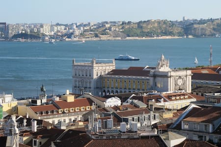 Stunning views in central old town! - Lisboa