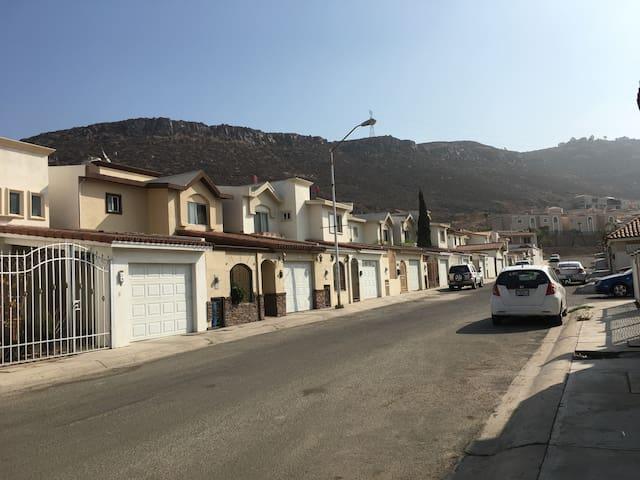Quiet, relaxing townhome in upscale neighborhood