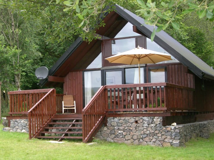 Charming Forest Cabin Bolt Hole