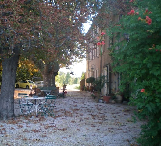 Charming Authentic Bastide Provence