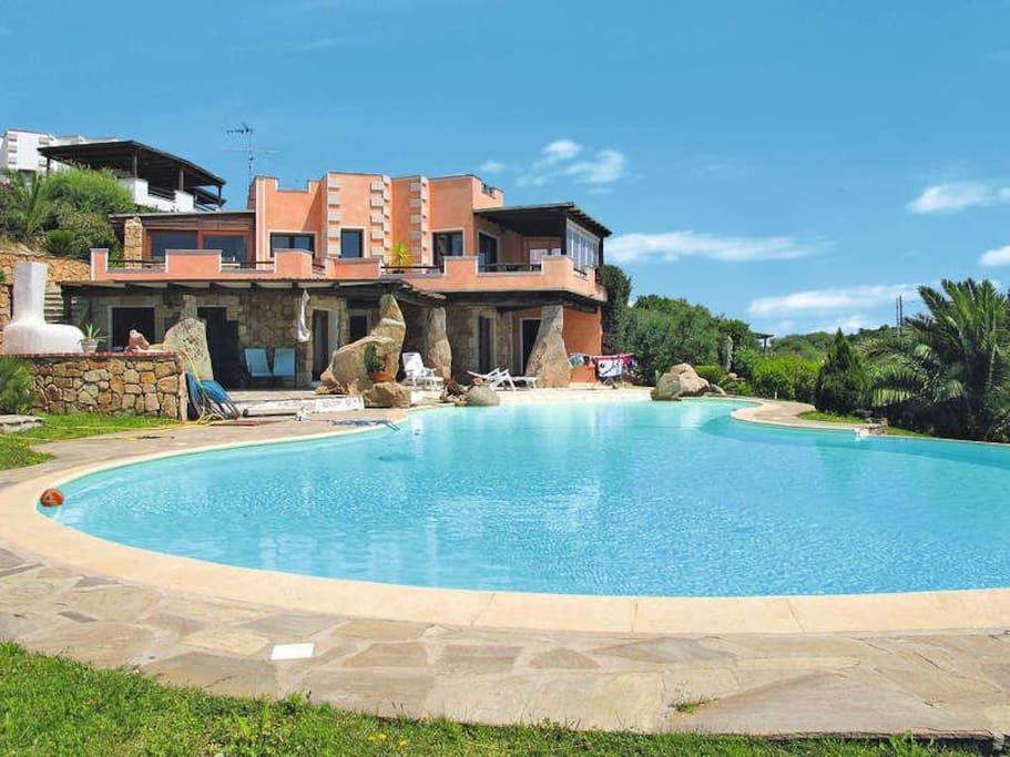 Villa con piscina vista tavolara ville in affitto a porto istana sardegna italia - Villa con piscina sardegna ...