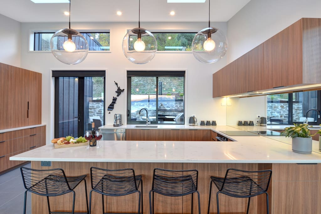 High end fully equipped luxury kitchen