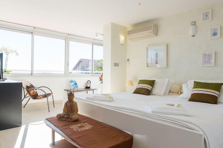 Maison d'hôte de charme vue mer - Tolón - Bed & Breakfast