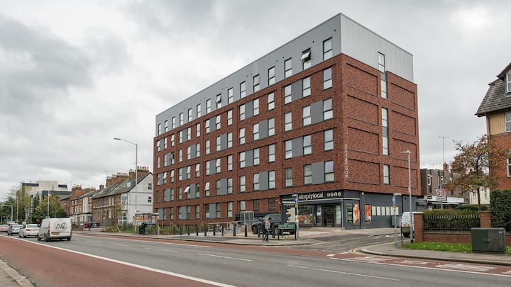 Student Only Property: Astonishing Budget Self-contained Studio