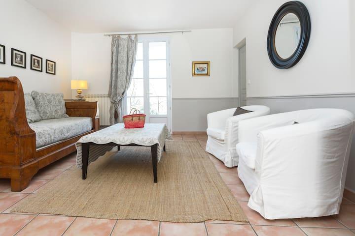 Appartement pour 2, proche Avignon