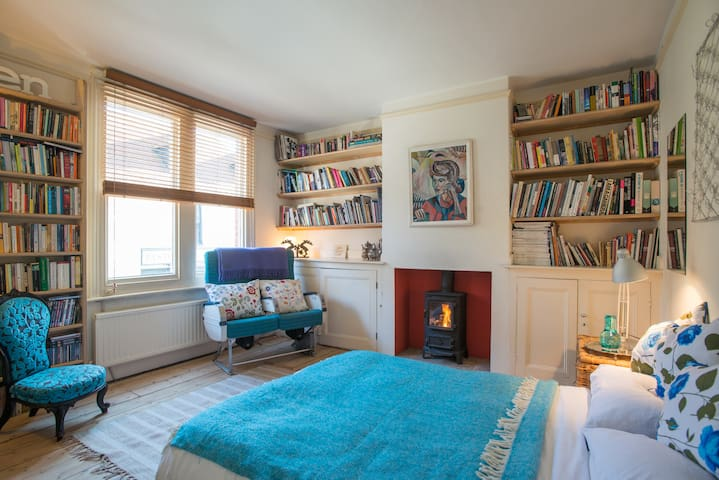 Two Charming Rooms, Central Lewes