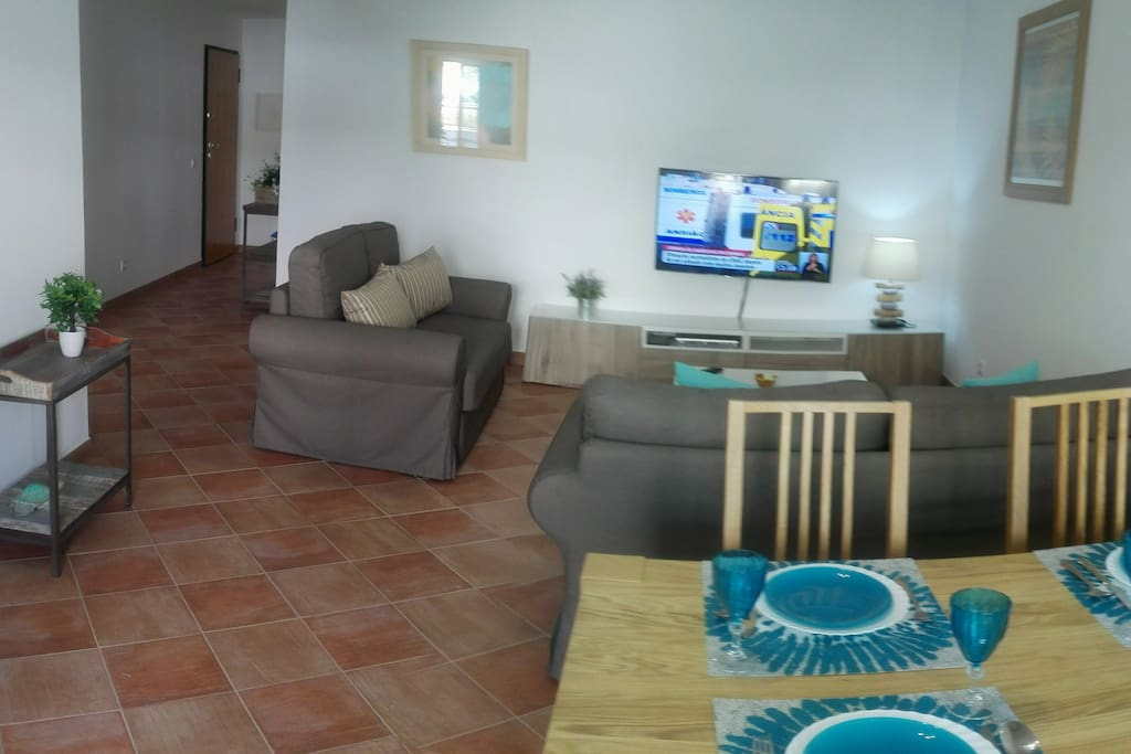 PLEASENT AND SPACIOUS ROOM - foto 2