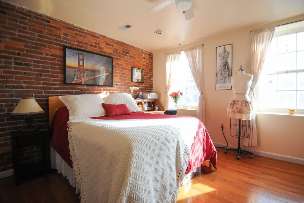 Organic Bedding and Bamboo Frame!