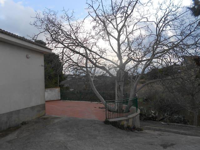 Casa Indipendente Racalmuto - Racalmuto - Βίλα