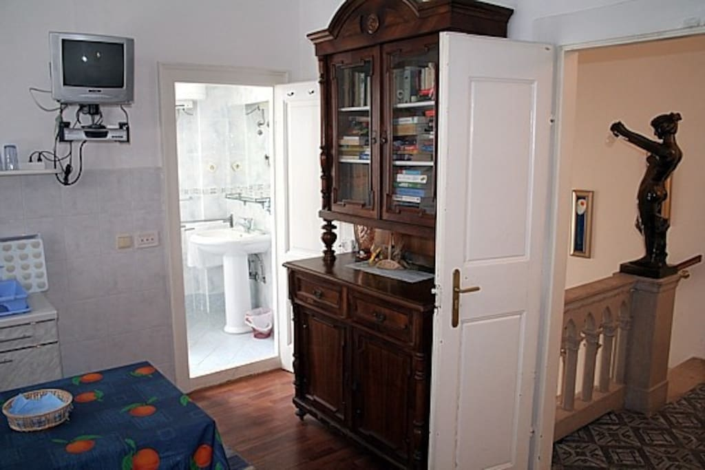 Studio apartment consists of double bedroom with kitchenette and en suite bathroom