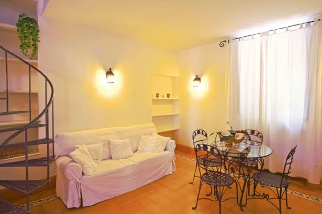 Livingroom charme e atmosfera nel cuore dei Navigli