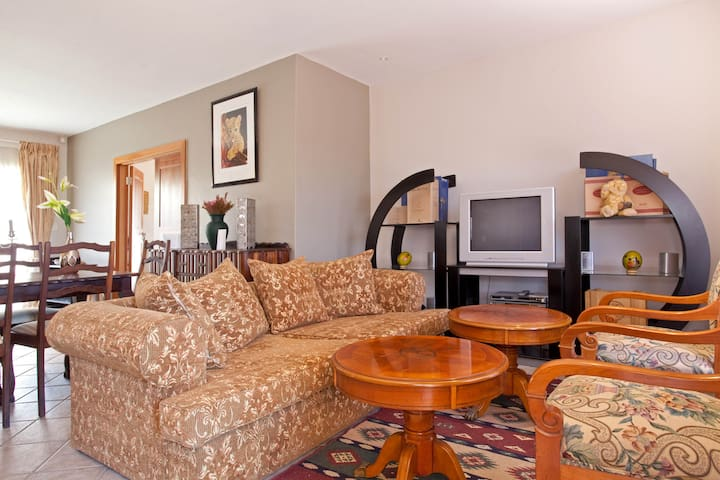 Comfy Lounge area.