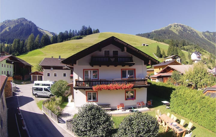 Nice home in Holzgau with 7 Bedrooms