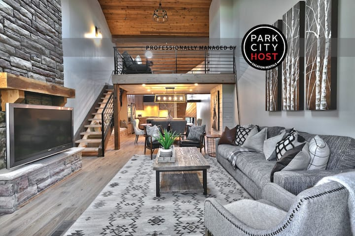 Brand New Remodel (2020) - Ski Out Deer Valley Condo