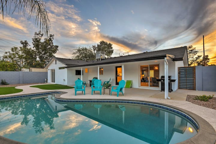 Summer Rate Special: Luxury 4-BD/2-BA Home w/Pool!