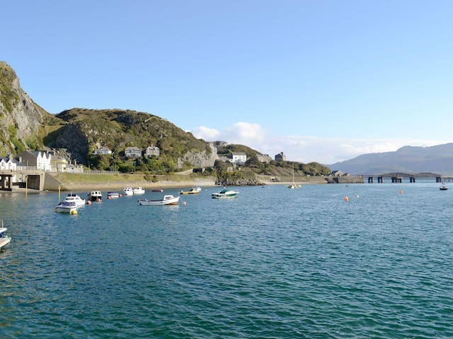 Studio Apartment with Seaviews to die for! - Barmouth - Apartamento