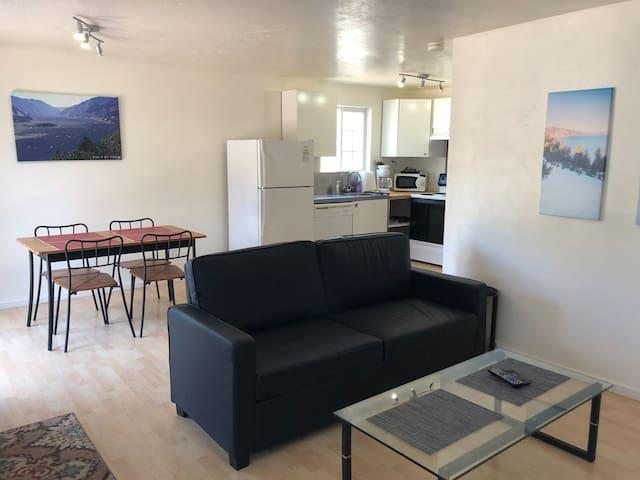 Hood River Suites 1b&1b Apt9 Downtown(Cascade/7th)