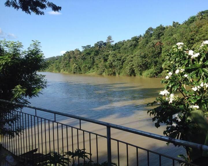 Riverside Kandy - Home Stay